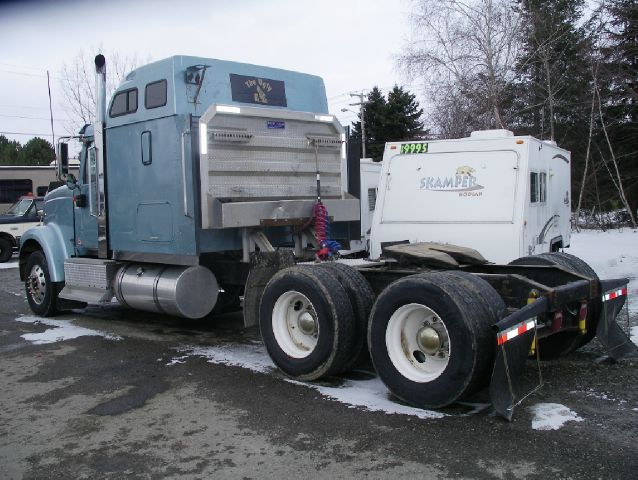 2000 International EAGLE 9900IX I6X4 - Springville NY