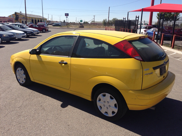 2006 ford focus zx3 s 2dr hatchback in el paso san. Black Bedroom Furniture Sets. Home Design Ideas