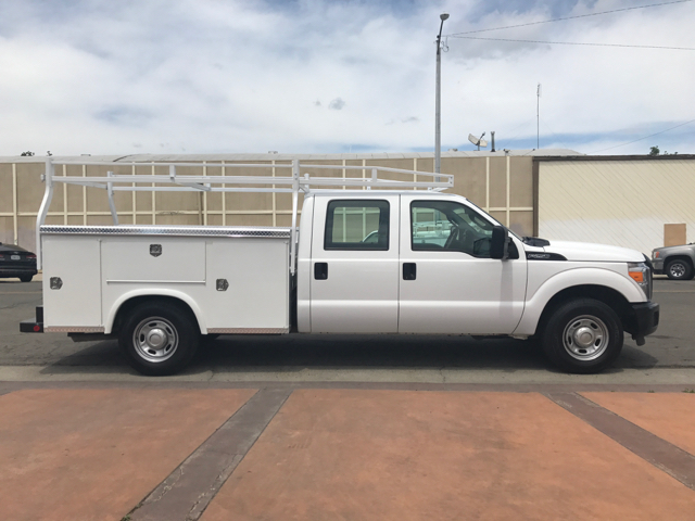 2013 Ford F-250 Super Duty XL 4x2 4dr Crew Cab 8 ft. LB Pickup Utility - Tulare CA
