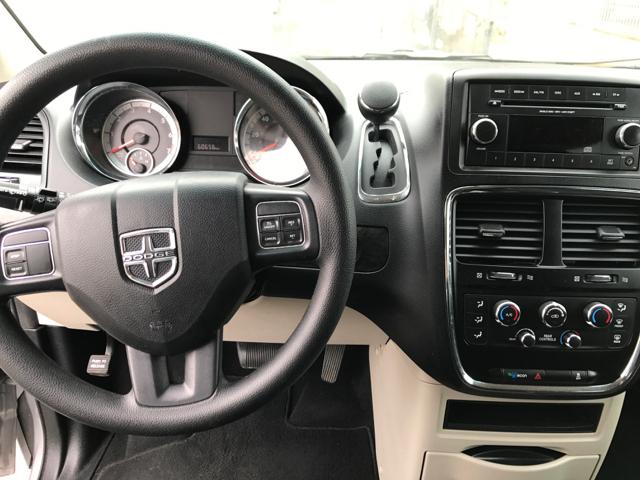 2015 Dodge Grand Caravan SE 4dr Mini Van - Tulare CA