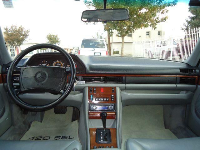 1991 Mercedes-Benz 420-Class SEL sedan - Tulare CA
