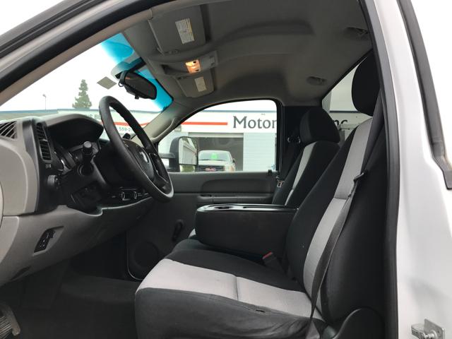2007 GMC Sierra 2500HD Regular Cab Utility Bed Service Truck - Tulare CA