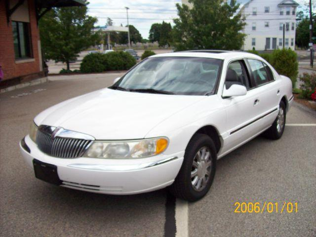 2001 Lincoln Continental for sale in Pawtucket RI