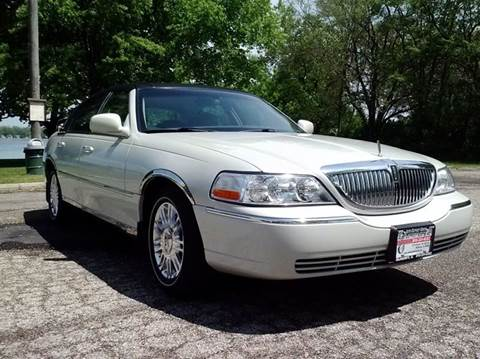 2006 Lincoln Town Car for sale in Mchenry, IL