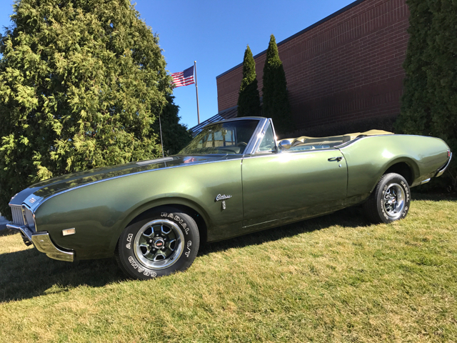 1968 Oldsmobile Cutlass Convertible  - Geneva IL