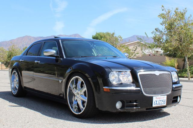 2006 Chrysler 300 for sale in San Fernando CA
