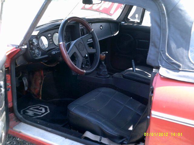 1976 MG B