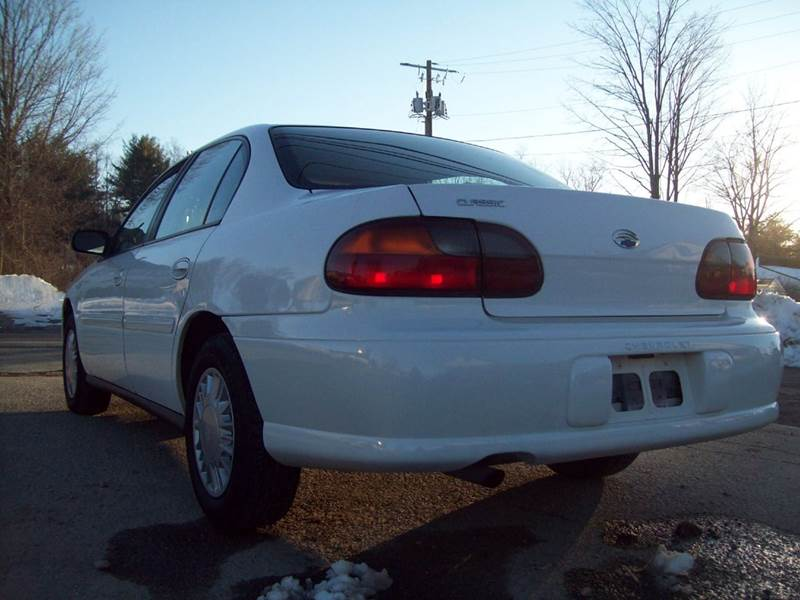 2005 Chevrolet Classic Fleet 4dr Sedan - Milford NH