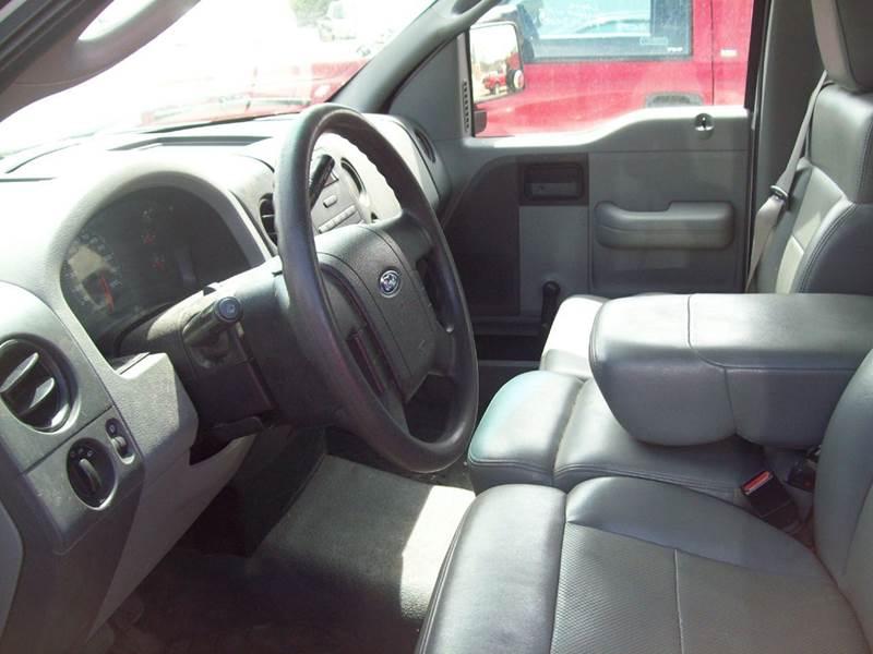 2005 Ford F-150 2dr Standard Cab XL Rwd Styleside 8 ft. LB - Milford NH