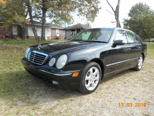 2002 MERCEDES-BENZ E-CLASS E320 4DR SEDAN black must come see well taken care of local trade