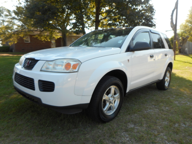 2007 SATURN VUE BASE 4DR SUV 22L I4 4A white local trade  extra clean  priced to sell