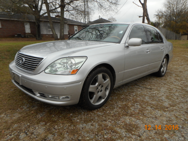 2005 LEXUS LS 430 ULTRA silver luxury at a great price loaded with navigation back up camer ho