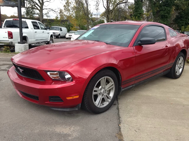 2010 ford mustang for sale in leesburg va. Black Bedroom Furniture Sets. Home Design Ideas