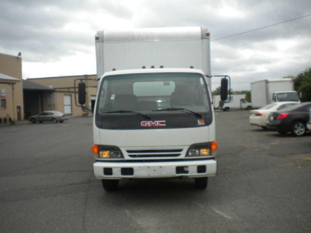 2002 GMC W4500