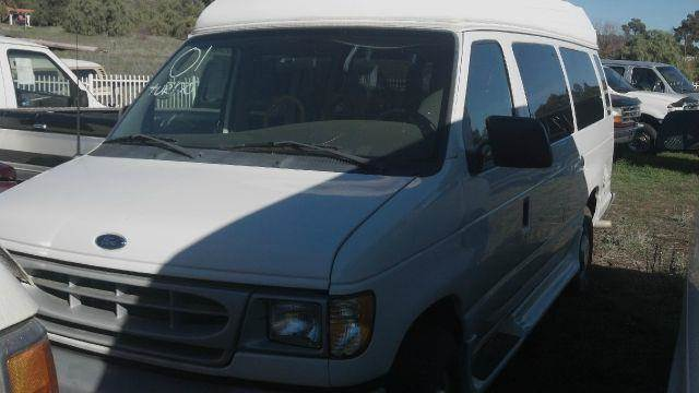 2001 Ford E-Series Wagon E350 Extended - Beaumont CA