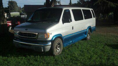 2002 Ford E-Series Wagon E350 Extended - Beaumont CA