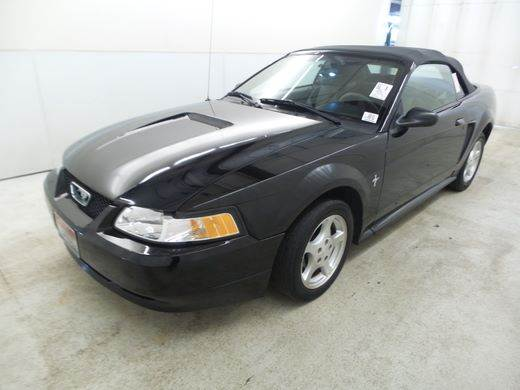 2002 Ford Mustang Deluxe 2dr Convertible - Richland WA
