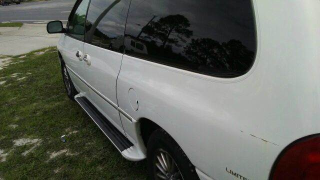 2000 Chrysler Town and Country  - Hollister FL