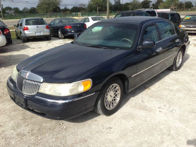 1998 Lincoln Town Car for sale in Largo FL