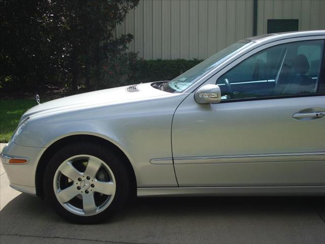 Luxury used cars mercedes benz of south orlando for Mercedes benz maitland florida