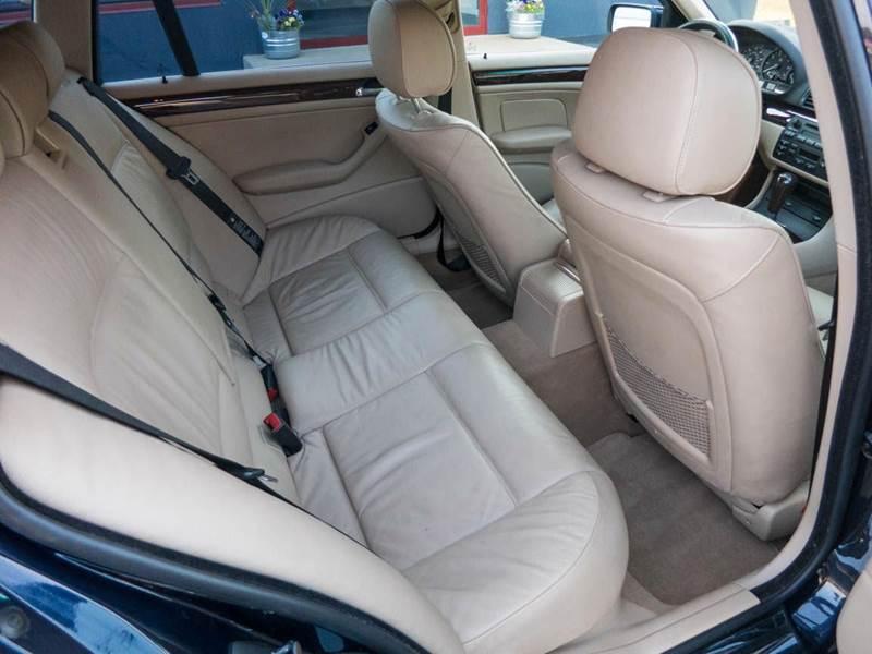 2005 BMW 3 Series AWD 325xi 4dr Sport Wagon - Dubuque IA