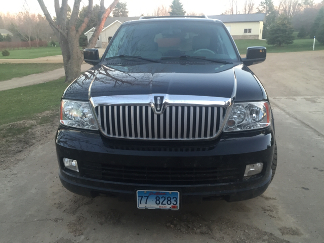 2005 Lincoln Navigator Luxury 4WD 4dr SUV - Sioux Falls SD