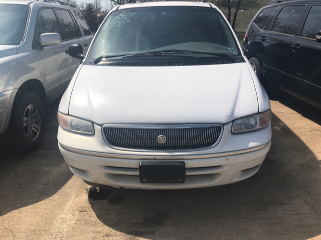 1996 Chrysler Town and Country 4dr LXi Extended Mini-Van - Sioux Falls SD