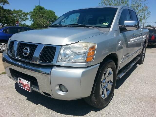 2006 Nissan Titan for sale in Houston TX
