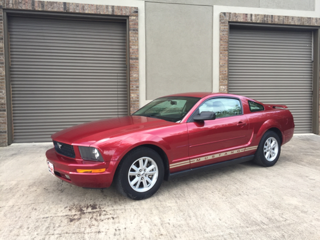 2005 ford mustang v6 deluxe 2dr coupe in houston tx ody. Black Bedroom Furniture Sets. Home Design Ideas