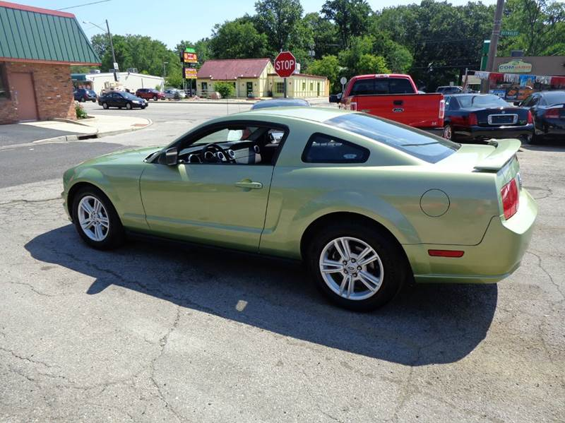 2006 ford mustang for sale in ohio. Black Bedroom Furniture Sets. Home Design Ideas