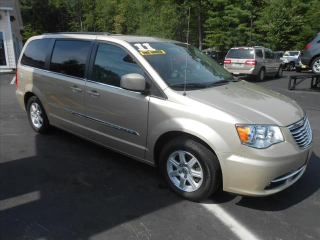 2011 Chrysler Town and Country for sale in Chichester NH