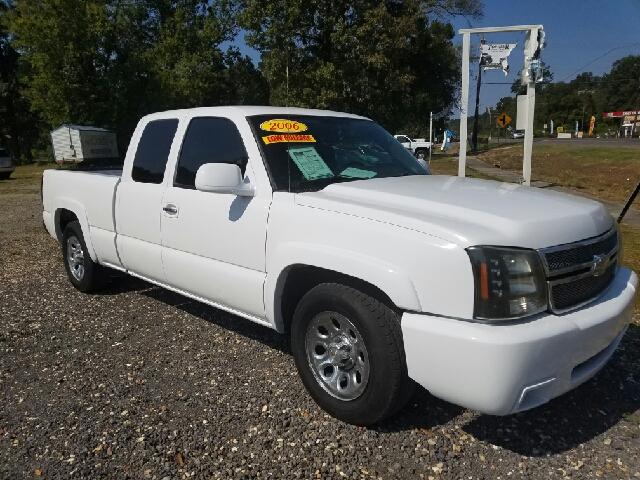 2006 chevrolet silverado 1500 ls 4dr extended cab 6 5 ft sb in albany la top geer used cars. Black Bedroom Furniture Sets. Home Design Ideas