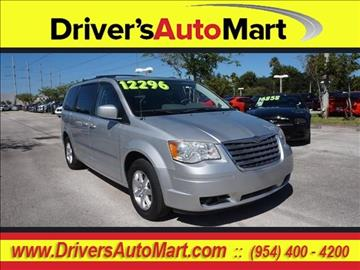 2009 Chrysler Town and Country for sale in Davie, FL