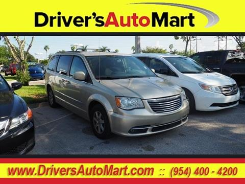 2011 Chrysler Town and Country for sale in Davie, FL