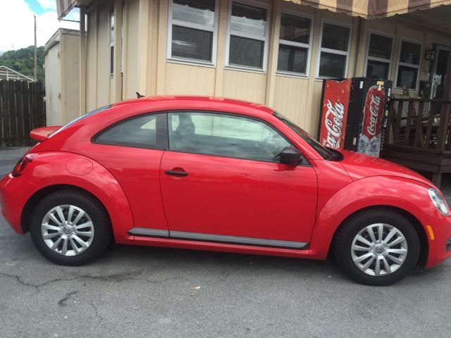 2012 Volkswagen Beetle PZEV 2dr Hatchback - Elizabethton TN