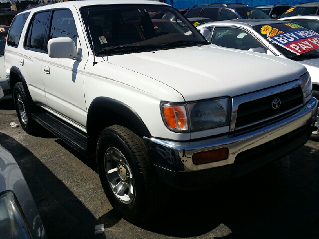 1996 toyota 4runner 4dr sr5 4wd suv in chicago il west end auto inc. Black Bedroom Furniture Sets. Home Design Ideas