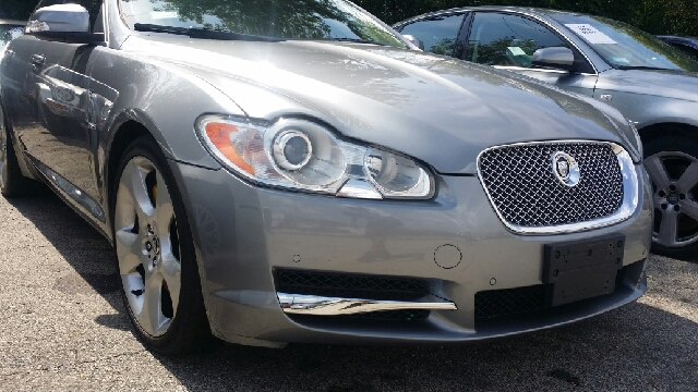 2009 jaguar xf supercharged 4dr sedan in chicago il west end auto inc. Black Bedroom Furniture Sets. Home Design Ideas