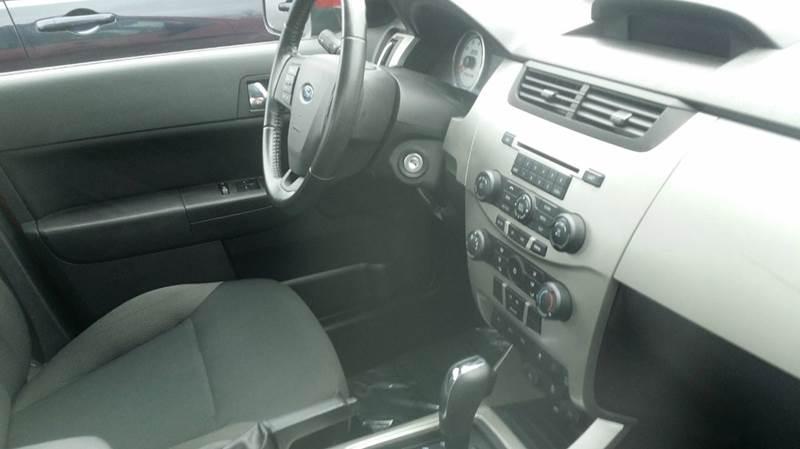 2010 Ford Focus SES 4dr Sedan - West Union OH