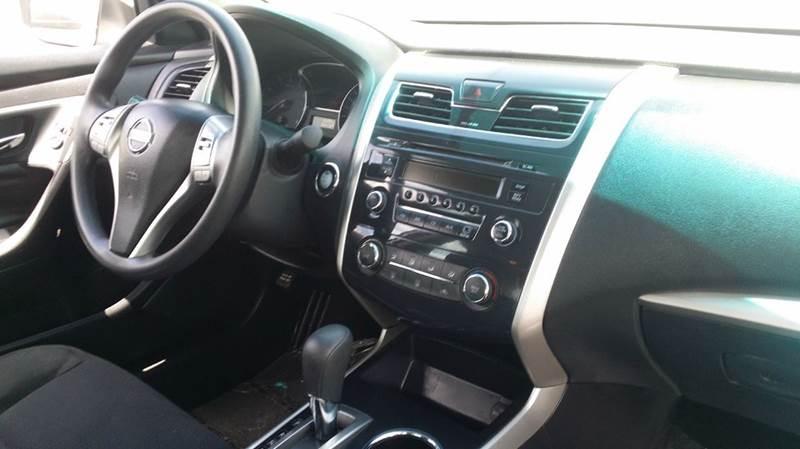 2015 Nissan Altima 2.5 S 4dr Sedan - West Union OH