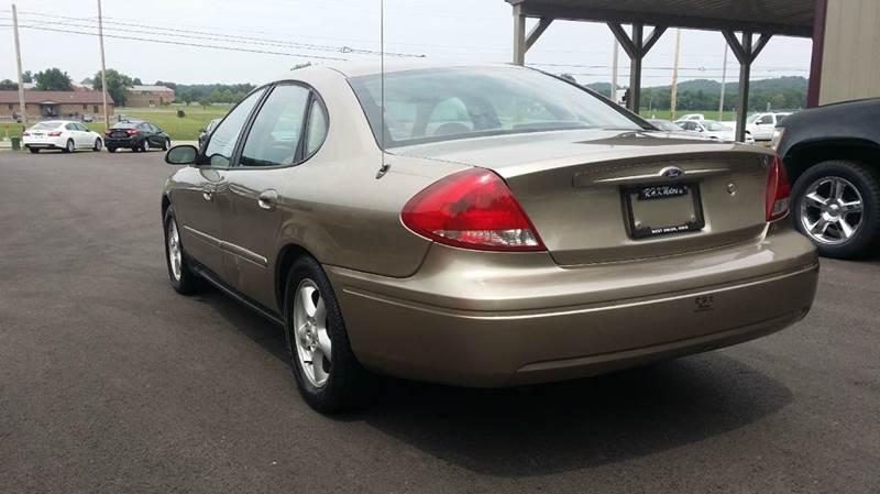 2004 Ford Taurus SE 4dr Sedan - West Union OH