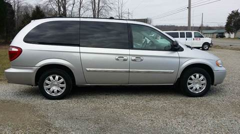 2006 Chrysler Town and Country for sale in West Union, OH