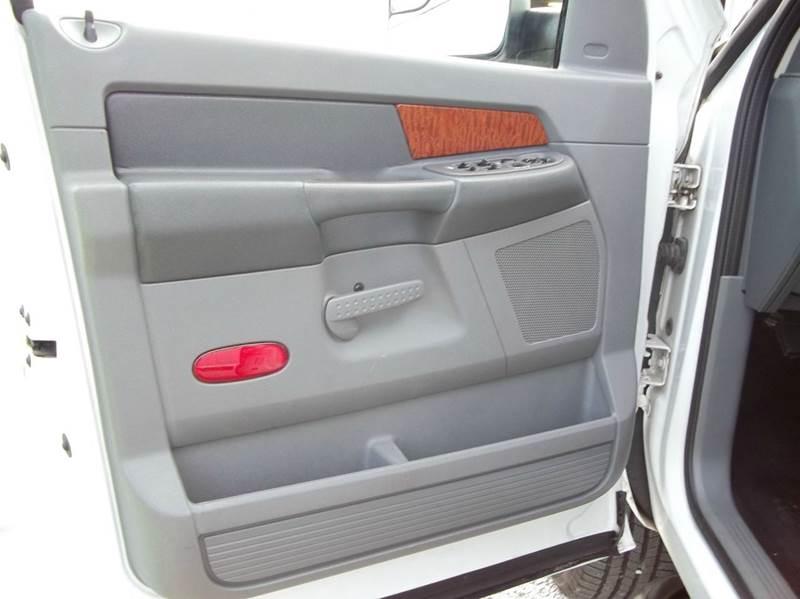 2006 Dodge Ram Pickup 2500 SLT 4dr Quad Cab 4WD SB - Harrodsburg KY