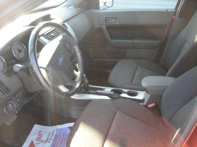 2011 Ford Focus SE 4dr Sedan - Searsport ME
