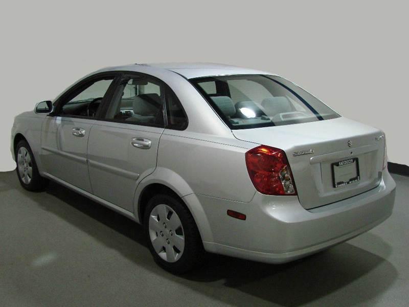 2008 Suzuki Forenza 4dr Sedan w/Convenience Package (2L I4 4A) - Schaumburg IL