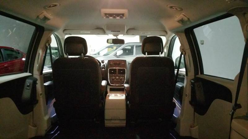 2014 Dodge Grand Caravan SXT 4dr Mini Van - Schaumburg IL
