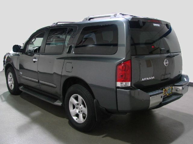 2005 nissan armada se 4wd 4dr suv in schaumburg il saccucci 39 s of schaumburg. Black Bedroom Furniture Sets. Home Design Ideas