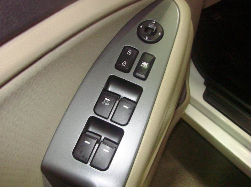 2013 Kia Optima LX 4dr Sedan - Schaumburg IL
