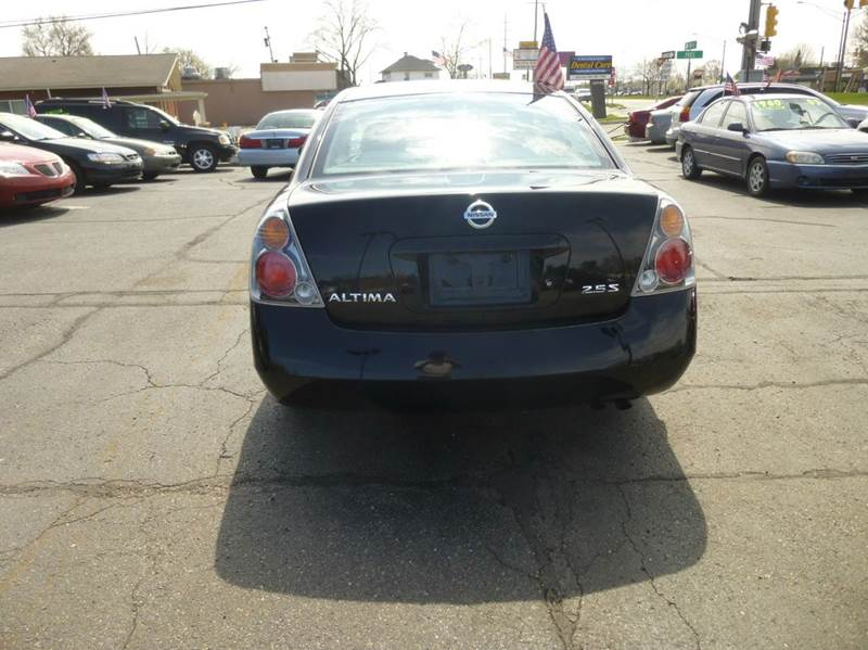 2002 Nissan Altima 2.5 S 4dr Sedan - Clinton Township MI