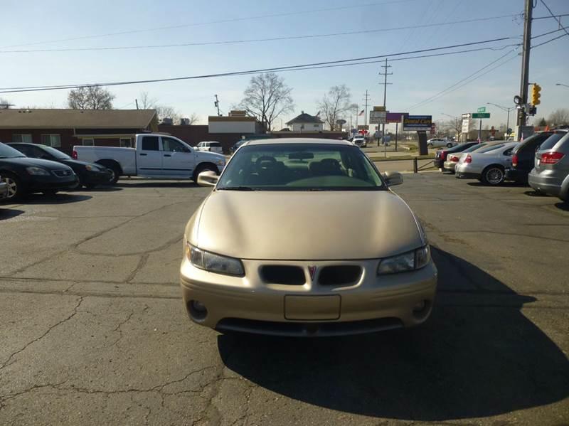 2002 Pontiac Grand Prix GT 4dr Sedan - Clinton Township MI