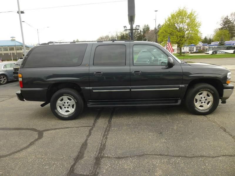 2005 Chevrolet Suburban 1500 LT 4WD 4dr SUV - Clinton Township MI